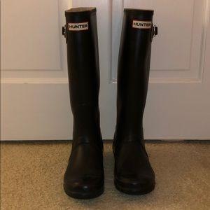 Hunter rainboots • fit womens 7-8